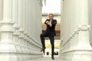 An Obama Gangnam Style parody featuring Reggie Brown.
